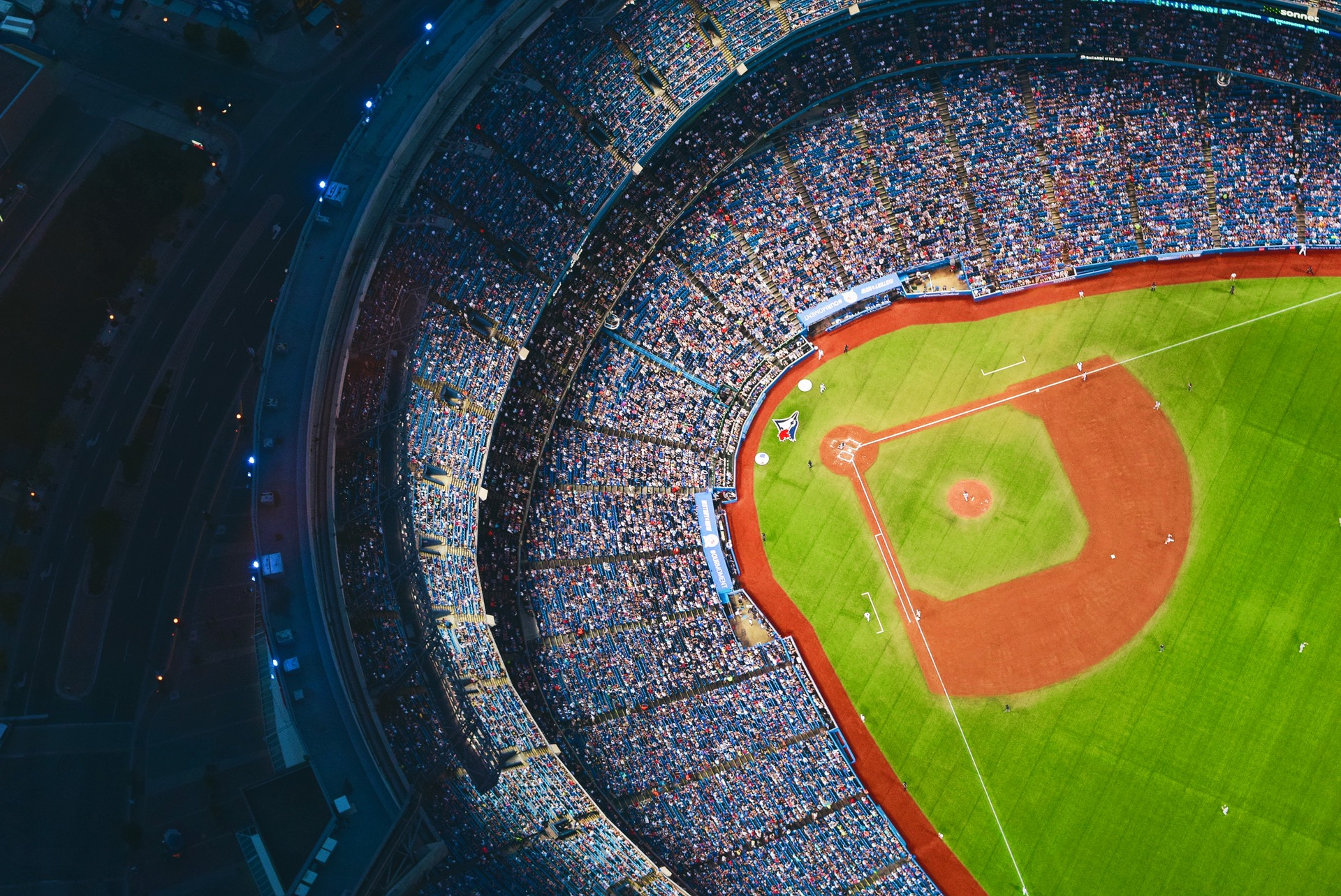 LED Stadium lights, stadium lights toronto, toronto stadium lights, toronto LED lights, LED lighting Toronto